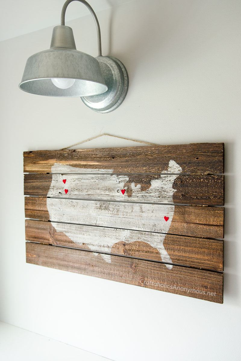 DIY-Pallet-Wood-Map-sign