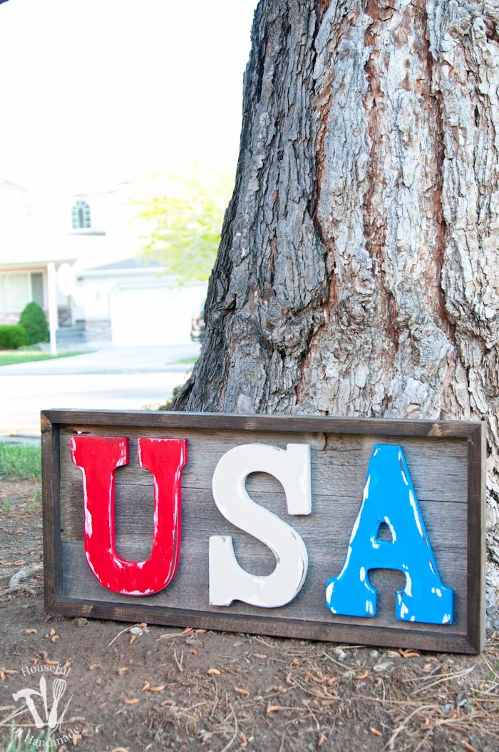 Easy-DIY-Rustic-USA-Wood-Sign-19