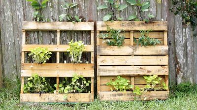 23 DIY Outdoor Pallet Projects